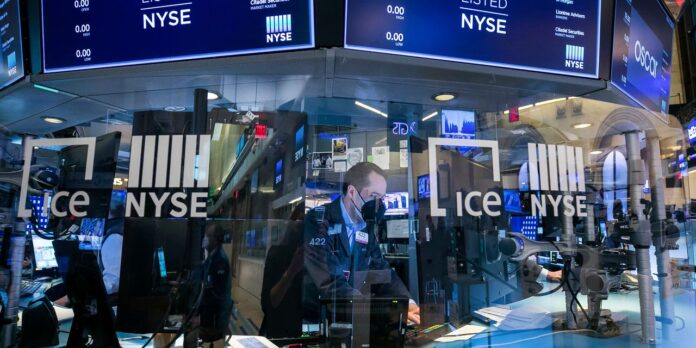 Stock Selloff Accelerates After Powell's Comments